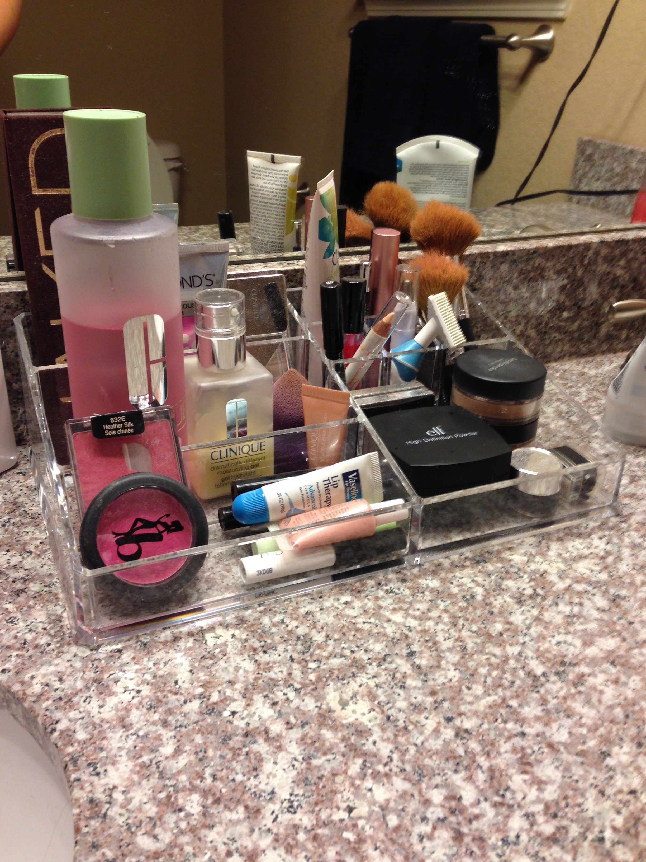 Bathroom makeup organizers -  Organize Your Bathroom By Adding A E Rack 5757 Makeup